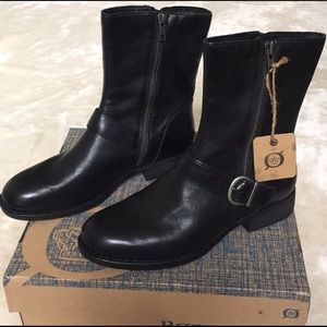 NWT- Born Boots